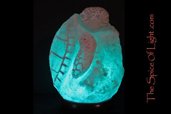 Loggerhead Sea Turtle, Himalayan salt sculpture – The Spice of Light